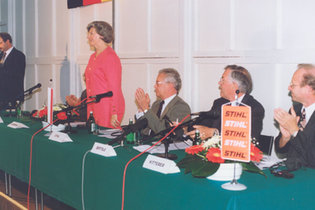1993: Founding of STIHL Poland and Czech Republic